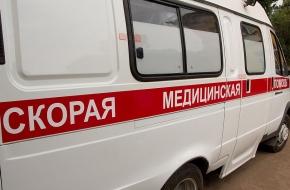 На автодороге «М-10 — Калашниково» внедорожник вылетел с дороги, водитель госпитализирован в тяжелом состоянии