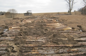Суд удовлетворил исковые требования о рекультивации земель сельскохозяйственного назначения в Лихославльском районе