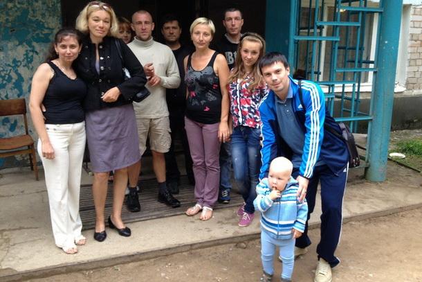 Вынужденные переселенцы с юго-востока Украины, прибывшие в Лихославль. Фото: Александр Иванов