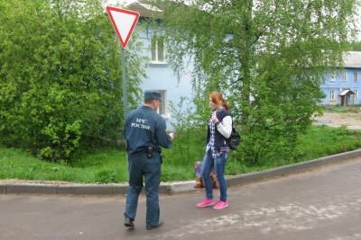Жителям Калашниково напомнили о пожарной безопасности. Фото: ГУ МЧС России по Тверской области