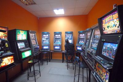 Интернет клубы казино закроют рулетка поверенная 10м в спб