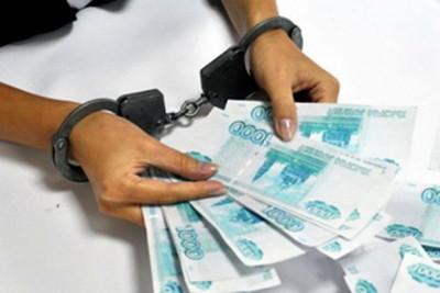 Случайное «свидание» для жителя Торжка обернулось кражей 57000 рублей
