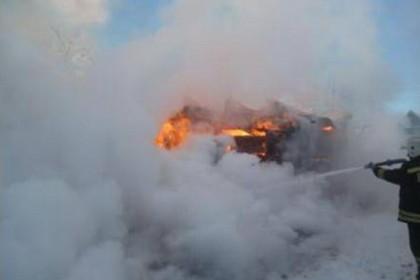 Пожар в Торжокском районе в деревне Яконово. Фото: 69.mchs.gov.ru