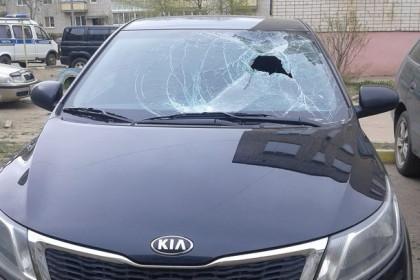 Поврежденный автомобиль. Фото: 69.мвд.рф