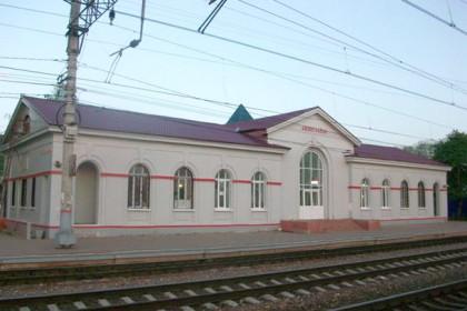 Железнодорожный вокзал в Лихославле. Фото: Wikimapia