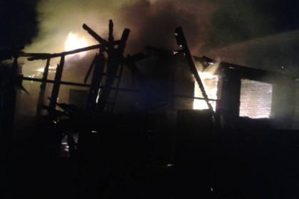 Пожар в деревне Красный городок. Фото: 69.mchs.gov.ru