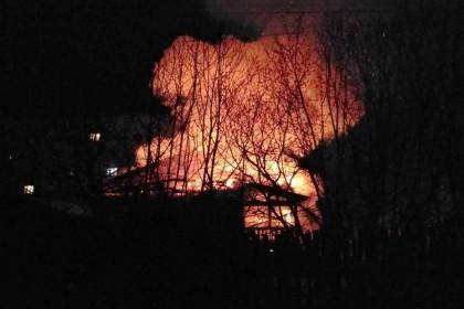 В поселке Калашниково сгорел жилой дом. Фото: 360tver.ru