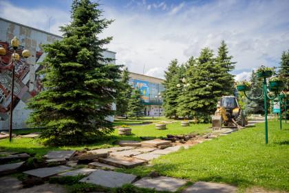 Начало работ по реконструкции площади РЦКиД. Фото: Евгений Козлов