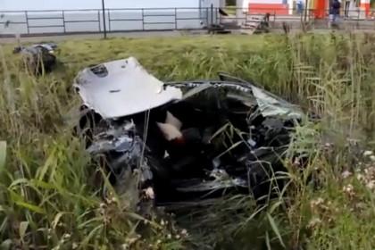 Двое подростков погибли в жутком ДТП на трассе М-10