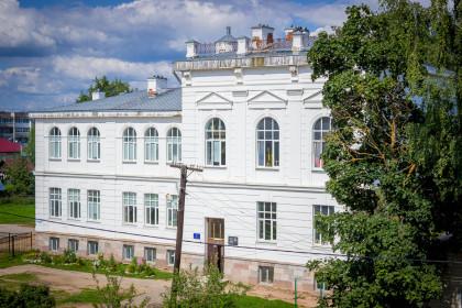 Школа № 7 города Лихославля. Фото: Евгений Козлов