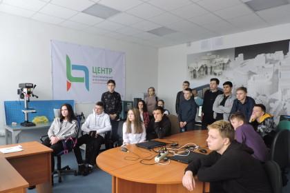В Центре прототипирования прошел мастер–класс для учащихся образовательного округа. Фото: lihoslavl69.ru