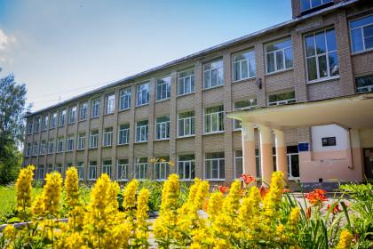 Школа № 2 города Лихославля. Фото: Евгений Козлов / Пресс-служба администрации Лихославльского района