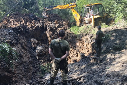 Поисковики обнаружили в Спировском районе упавший военный самолёт времён Великой Отечественной войны