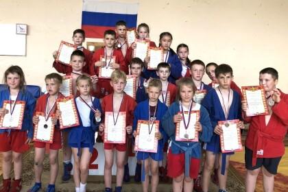 В поселке Калашниково состоялось открытое первенство Лихославльского района по борьбе самбо